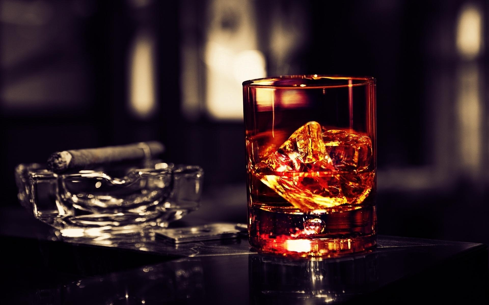Правильный выбор виски и сигар – залог отлично проведенного вечера