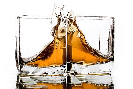 Дорогой виски появляется на полках украинских магазинов
